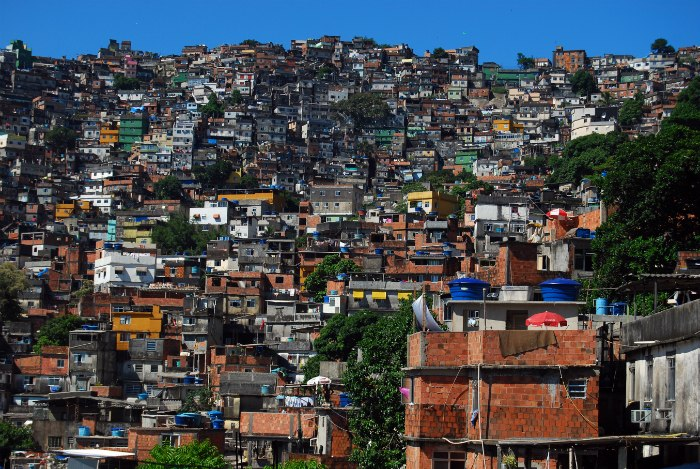 favela-colour