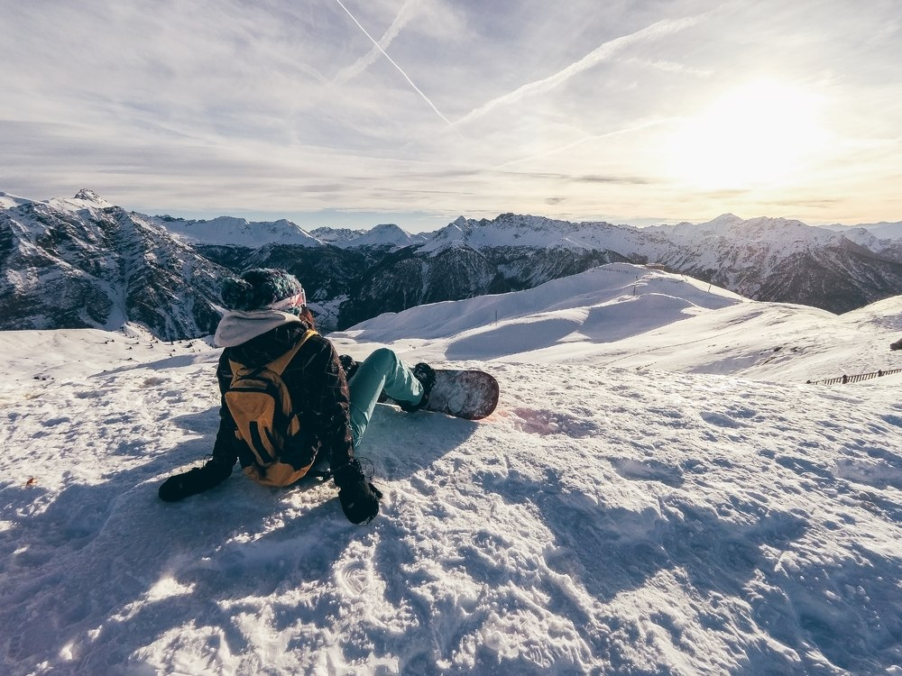 How to cut costs on your ski trip without compromising quality or your safety